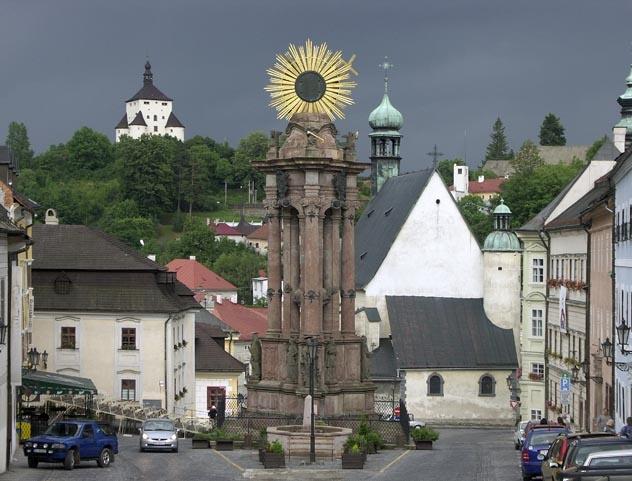 Banská Štiavnica - Trojičné námestie pred búrkou