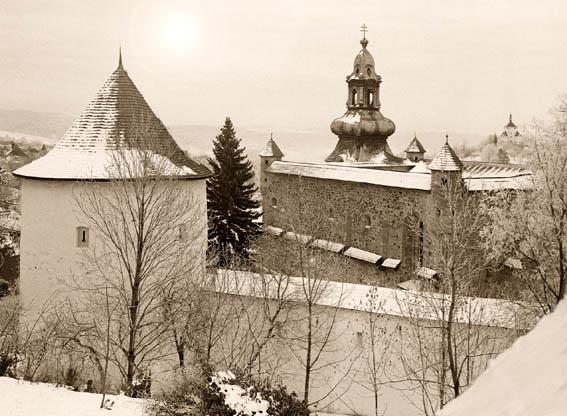 Banská Štiavnica v zime .- Starý zámok