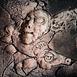 Autor: Vlado ORAVEC, akademický sochár, Názov diela: Jesenné sny III, Technika: kamenina, Motív: figurálne, akty, Rozmery: 10x10 cm, Rok: 2012