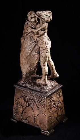 Vlado ORAVEC, akademický sochár - Nečakané šťastie (2012), Technika: kamenina