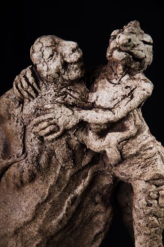 Vlado ORAVEC, akademický sochár - Nečakané šťastie (2012), Technique: kamenina